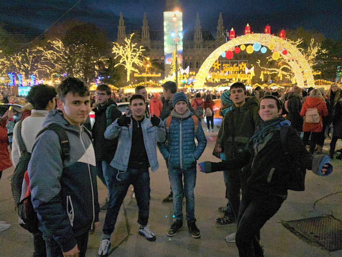 1AS - Exkursion Wien Dialog im Dunkeln